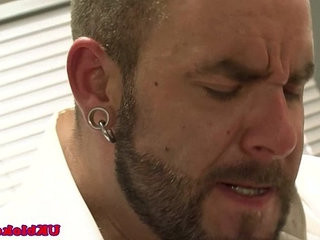 musclebear Bruno Knight shags Marco Sessions